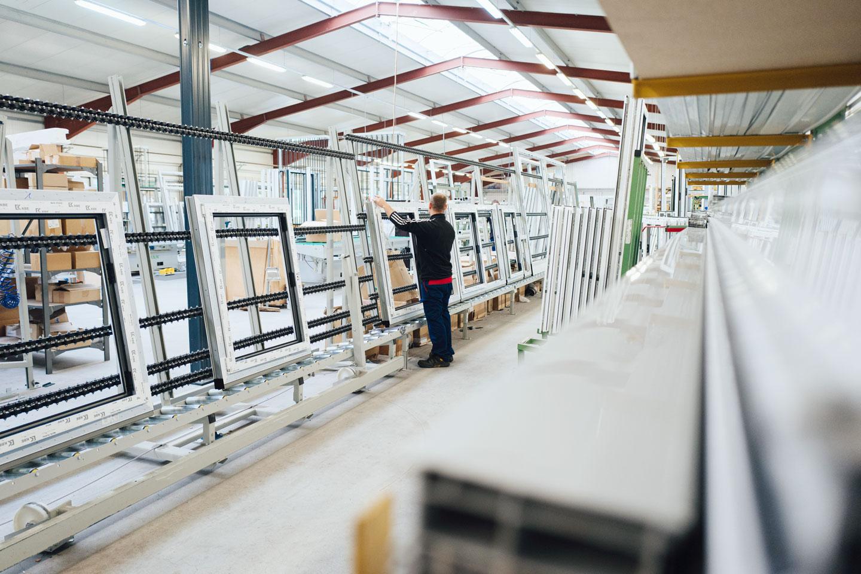BEKRU Werke Abteilung Kunststoff – Fenster